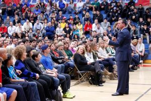 Chris Herren Speaking to His Fans