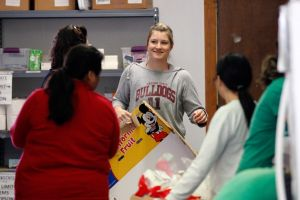 Students Stocking Food