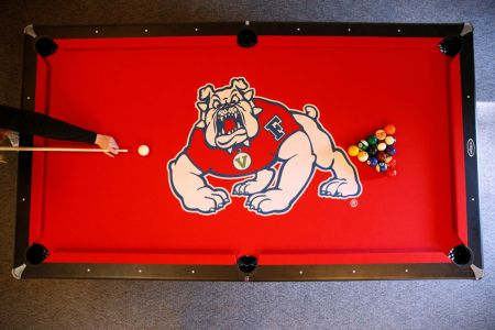 Bulldog-pool-table02