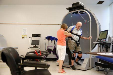 Parkinsons-help-device21