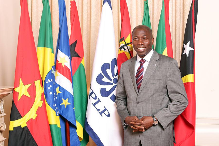 Alumnus elected prime minister