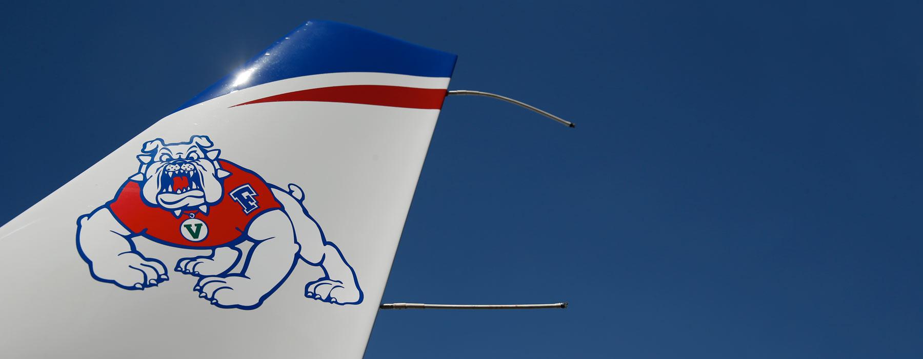 airplane with bulldog
