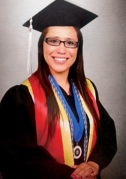 Ana Tapia, Graduate